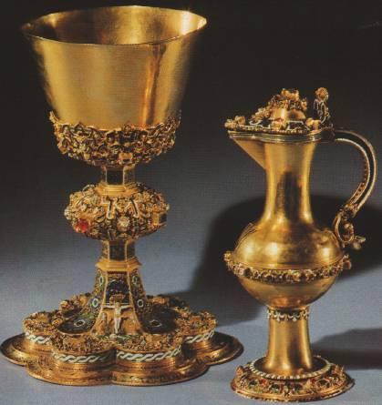 Потир и сосуд для вина. Золото, алмазы, самоцветы, эмаль